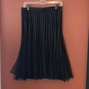 Vintage JE Collections black skirt size 8